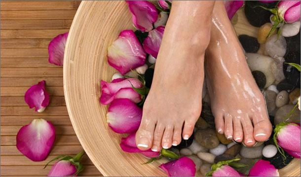 Pedicure how to do it yourself london beauty fashion blogger pedicure how to do it yourself solutioingenieria Gallery