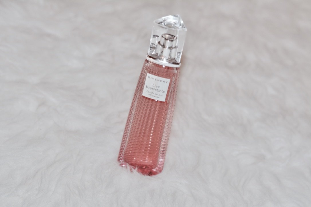Givenchy Live Irresistible Perfume Review