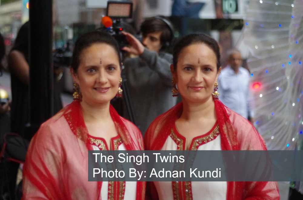 the-singh-twins-artists-red-carpet-asian-achievers-awards-2016-grosvenor-house-london
