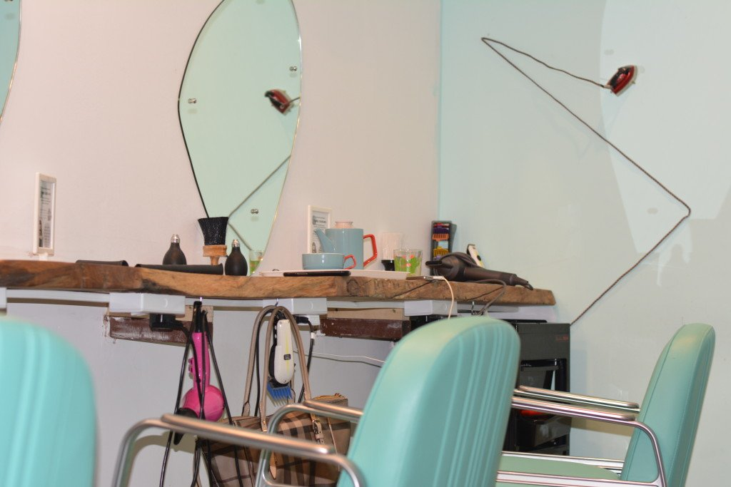 hair-salons-in-greenwich-east-london-the-curious-comb-vintage-18